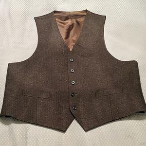 Men's Dress Vest with brown fleck pattern